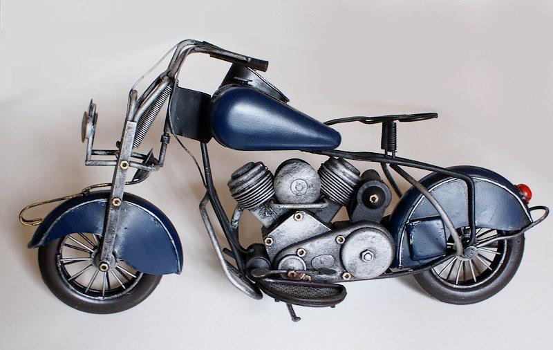 harley 1956 chopper standmodell aus metall handgefertigt. Black Bedroom Furniture Sets. Home Design Ideas